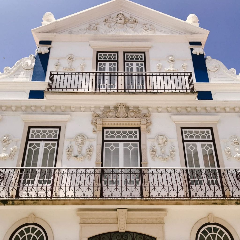 Beautiful white building in Ericeira