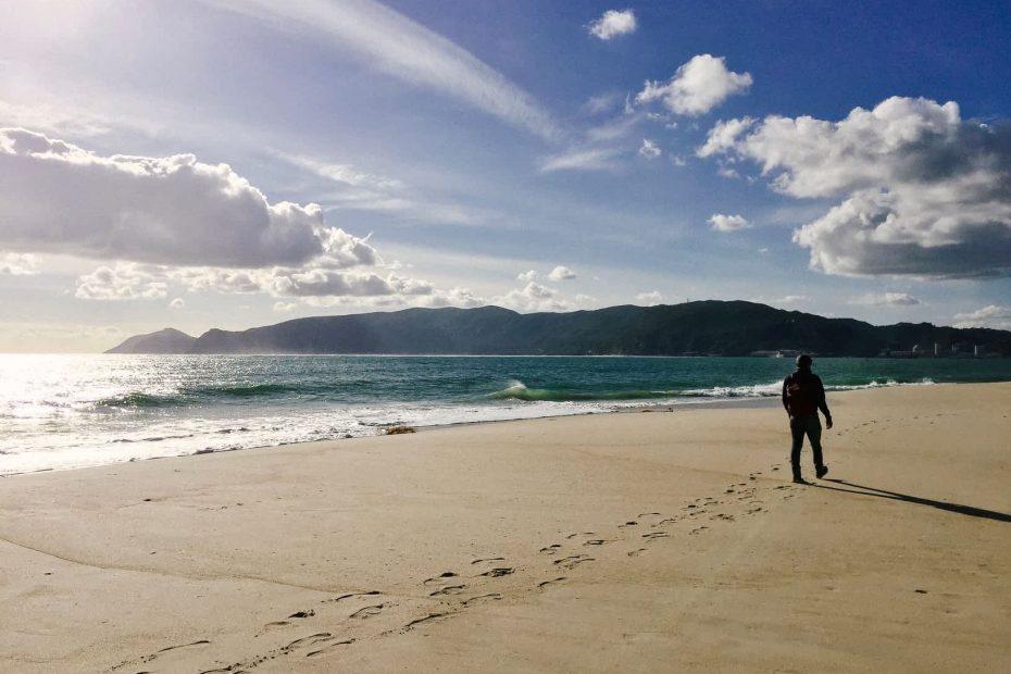 Walking along the beaches of Troia