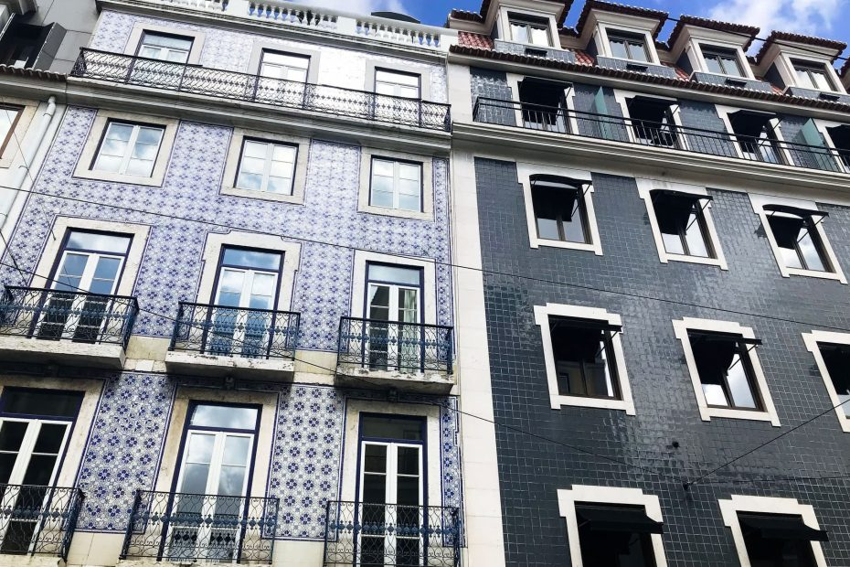 Architecture in Chiado