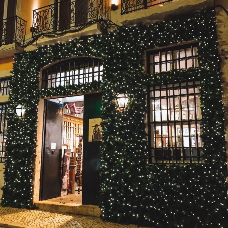 Christmas street scenes in Lisbon