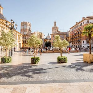 How to get from Madrid to Valencia