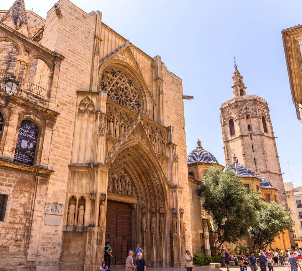 Valencia Cathedal, Valencia © (By photocluster) via Canva.com