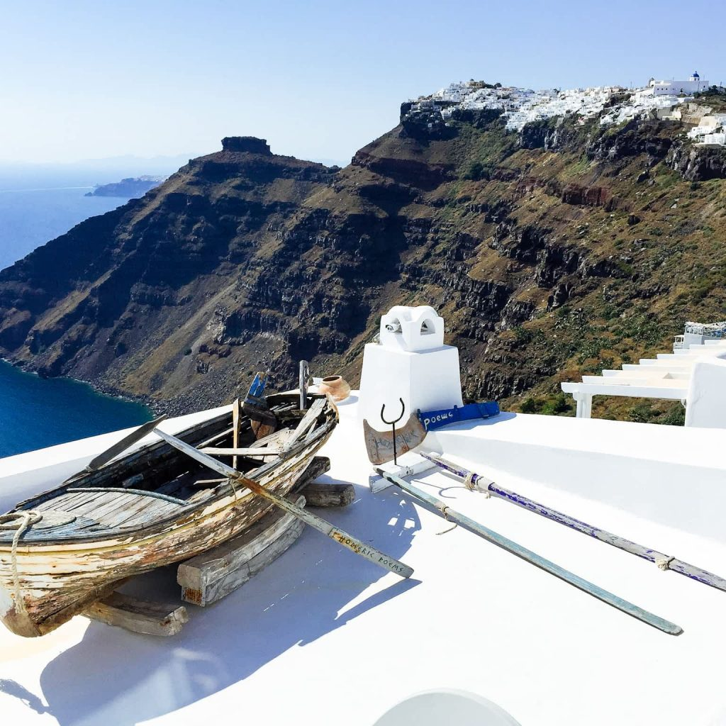 How to get from Mykonos to Santorini