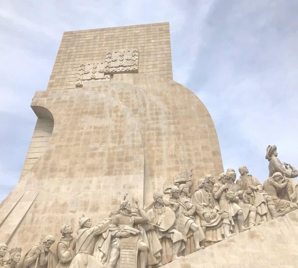 Descoveries Monument