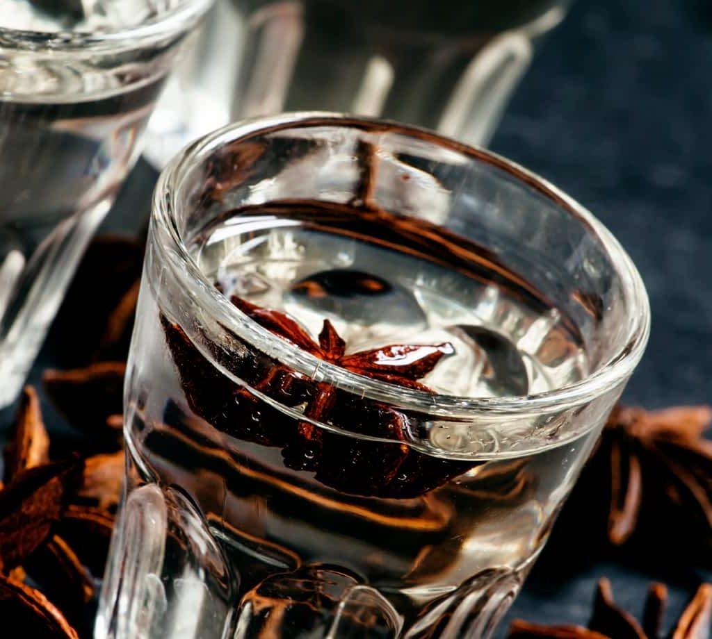 Portuguese Drinks - Portuguese Anise Liqueur