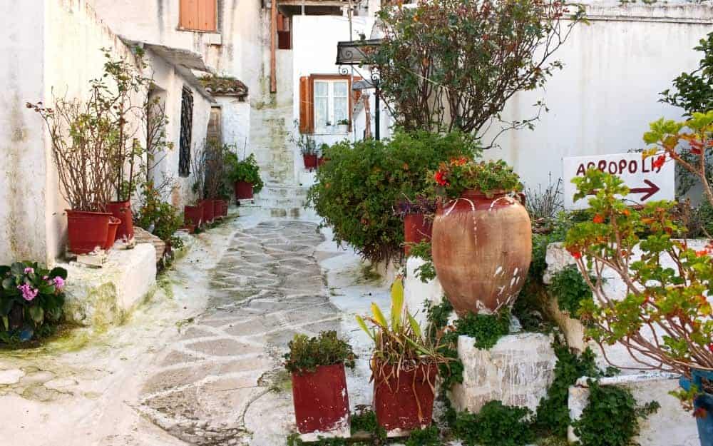 Explore Anafiotika - things to do in Athens
