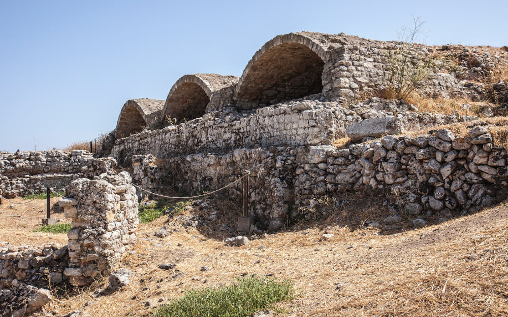 Aptera Ruins © Image Courtesy of arrowsg from Getty Images by Canva