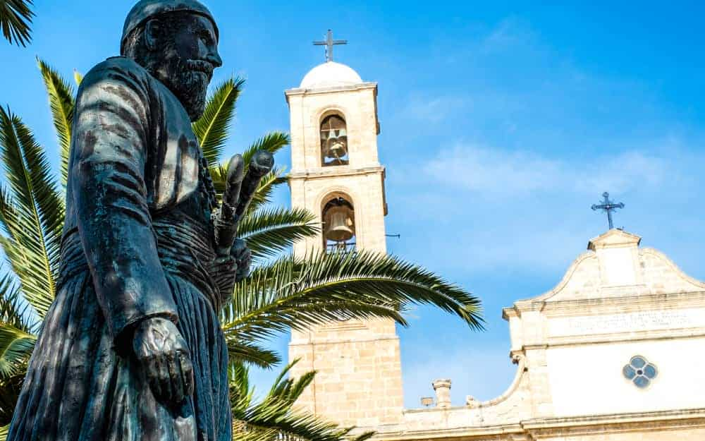 Things to do in Chania - visit the Orthodox Church Chania