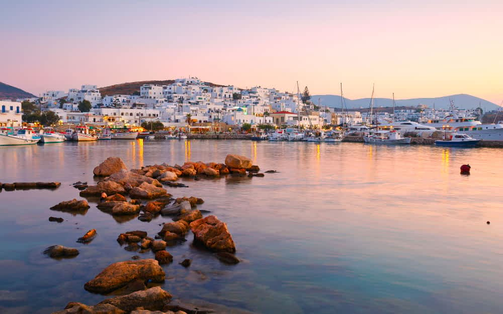 Island hopping in Greece on a budget