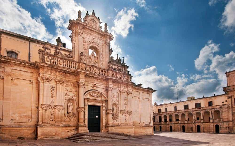 Lecce Travel Guide, Lecce Italy