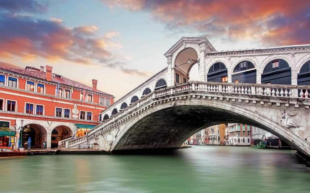 Venice to Milan by bus