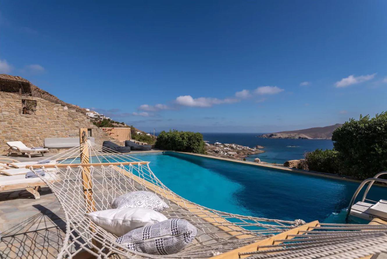 15. Villa Offering Unobstructed Ocean Views