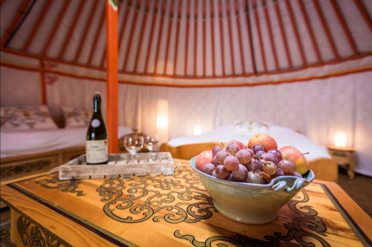 5. Yurt in Trie-Château
