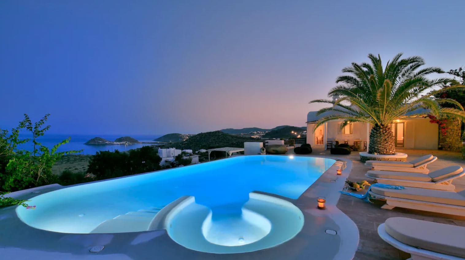 8. Extraordinary Mykonos Airbnb With Infinity Pool