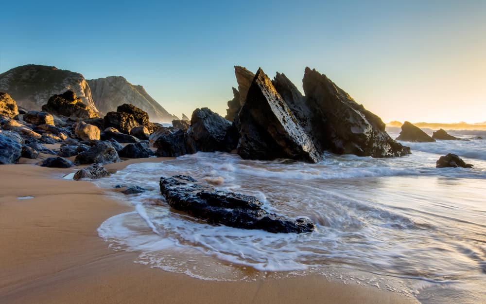9. Praia de Adraga