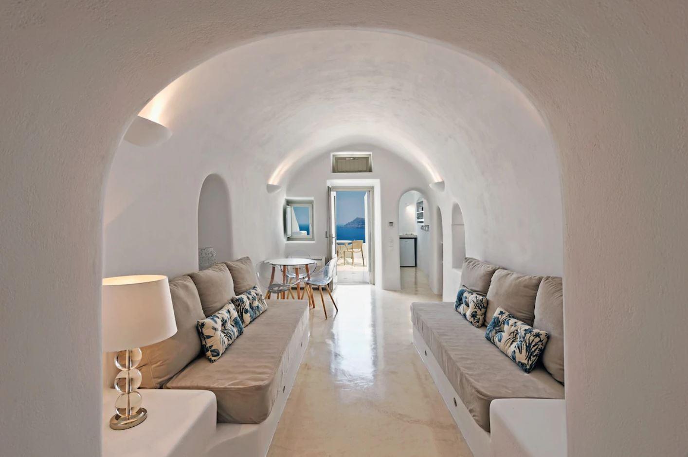 9. Volcano View Villa with Private Verandas & Jacuzzi