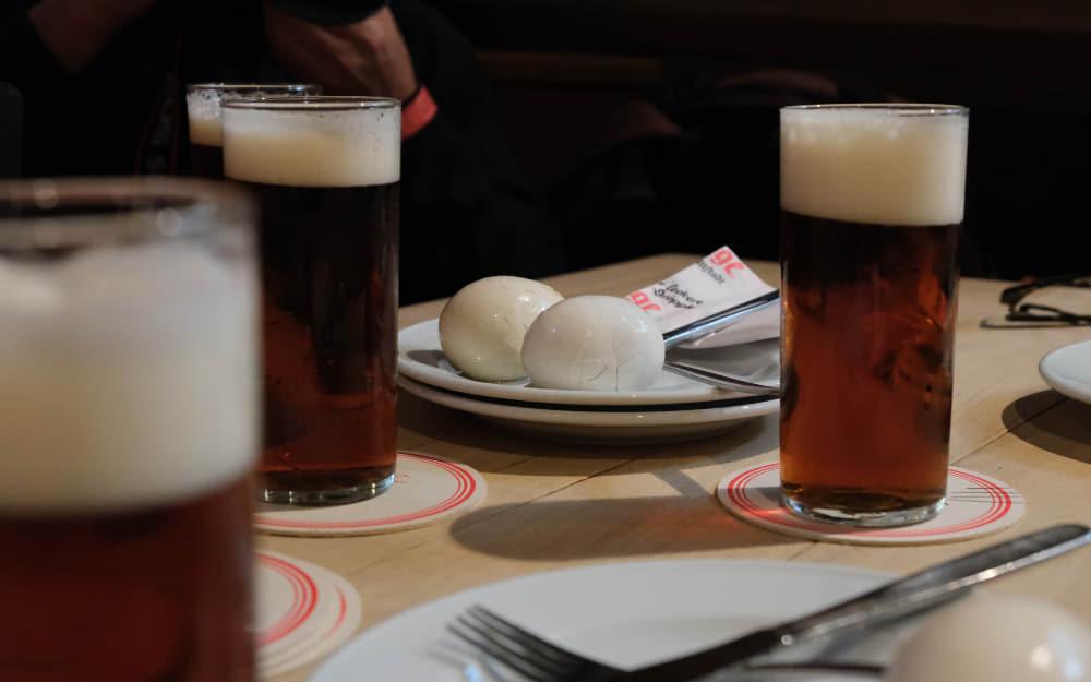 Altbier and Eggs in Dusseldorf - German Beers - © Photo by Man vs. Globe