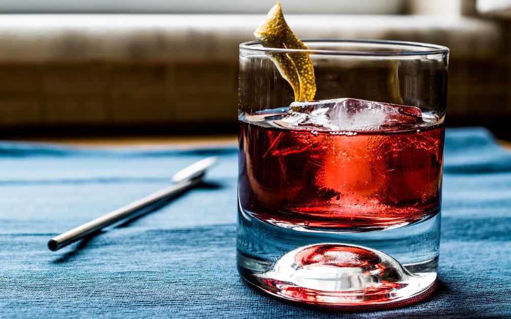 Campari & Soda - Italian Cocktail