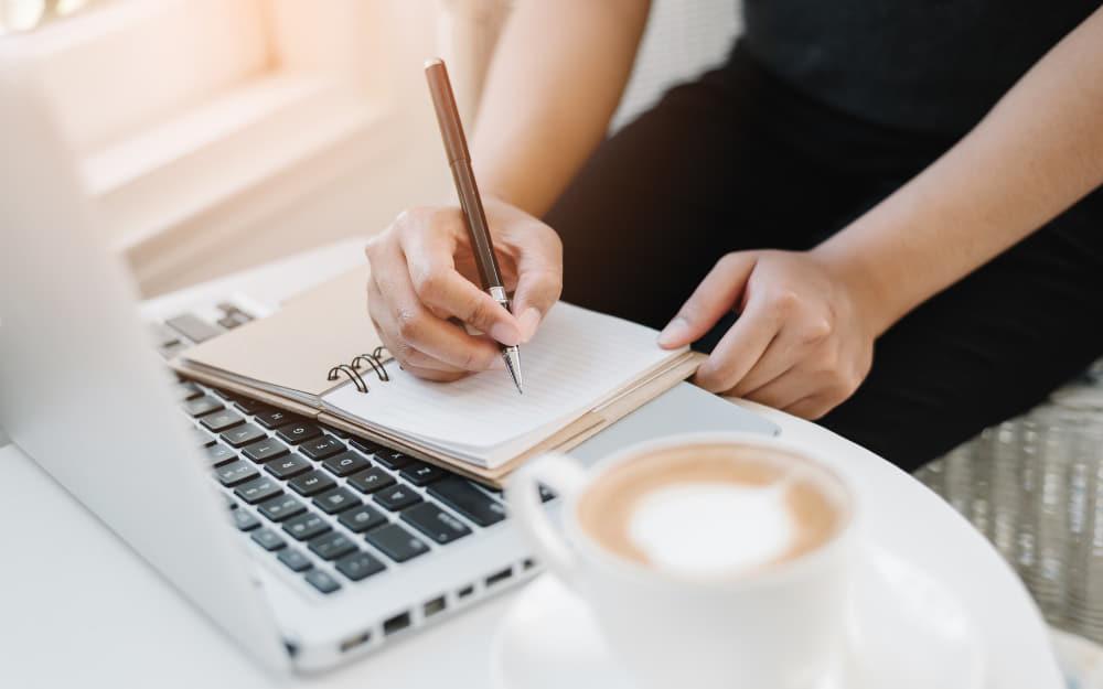 Define Your Digital Nomad Story - Digital Nomad Blog Writer