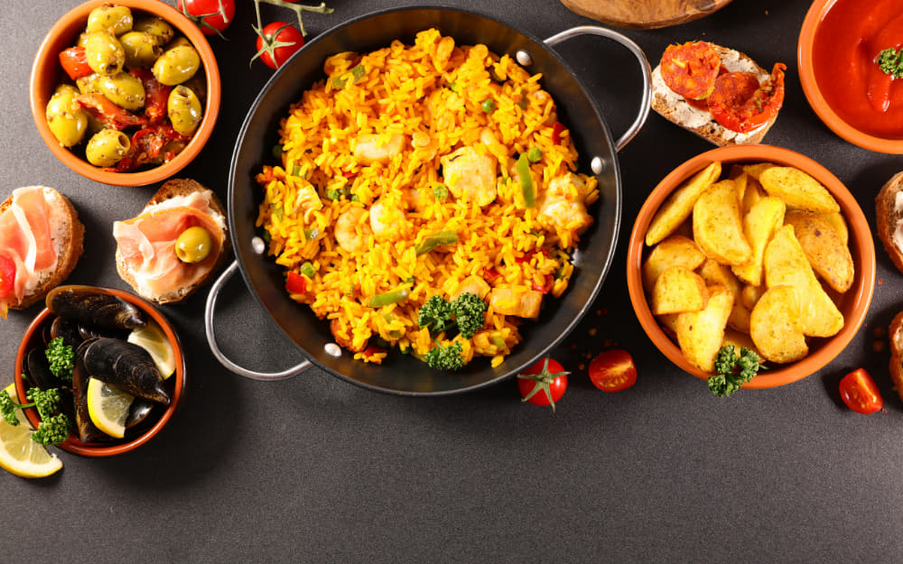 Food in Spain - Living in Spain - © Photo by margouillatphotos from Getty Images by Canva