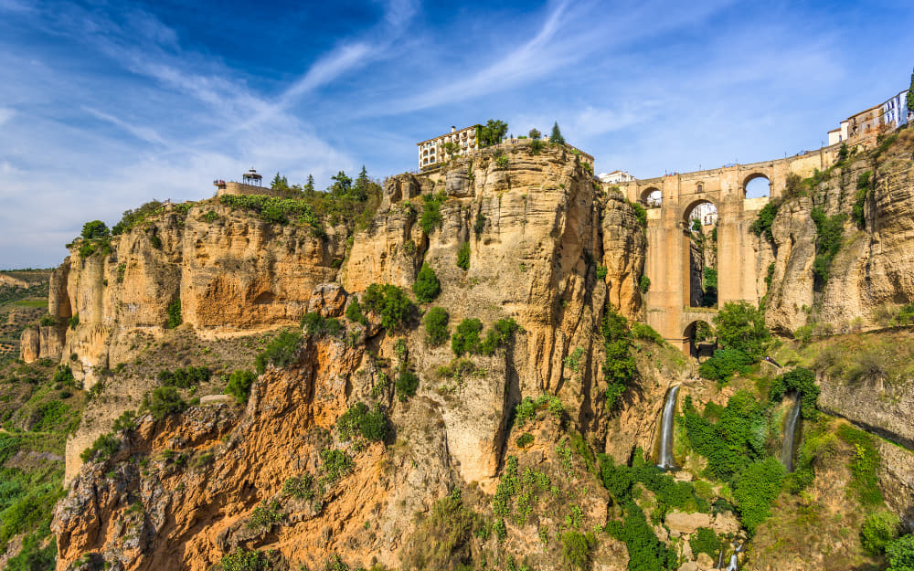 Puente Nuevo in Ronda © Photo by SeanPavonePhoto from Getty Images by Canva