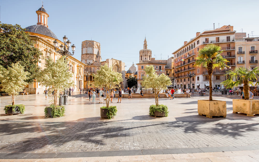 Valencia Airbnb - 16 Best Airbnbs in Valencia Spain