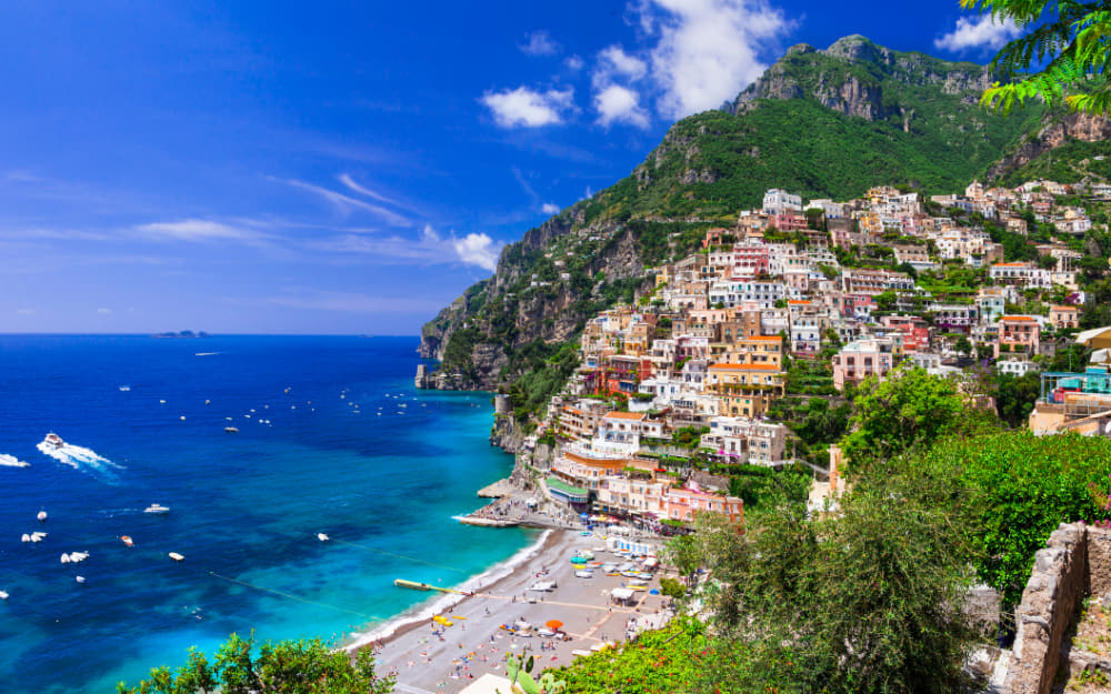 Moves in Italy, Amalfi Coast, Italy © Freeartist from Getty Images from Canva