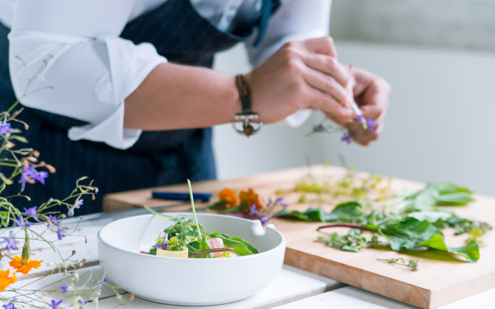 Chef at work © Image Courtesy of Greentellect_Studio from Getty Images Pro by Canva