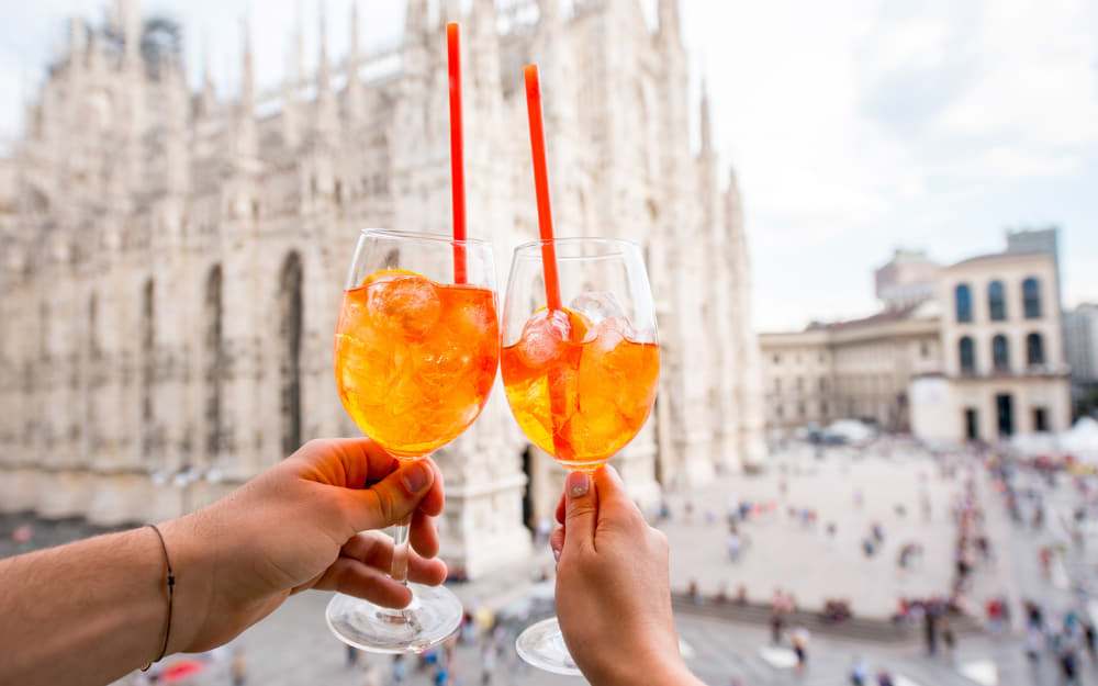 Aperol Spritz © Image Courtesy of RossHelen from Getty Images Pro by Canva