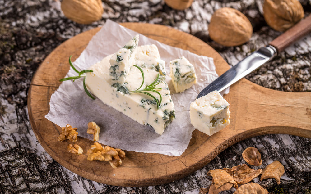 Gorgonzola © Photo by grafvision from Getty Images by Canva